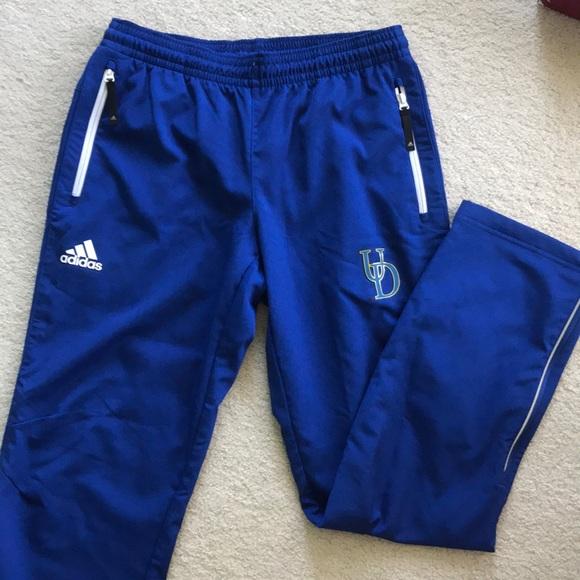 Adidas pantaloni università del delaware scaldare poshmark
